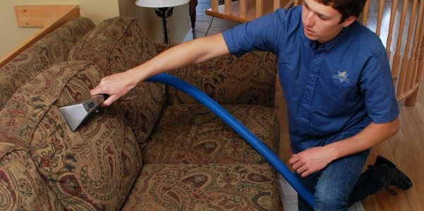 Nettoyage de meuble 1